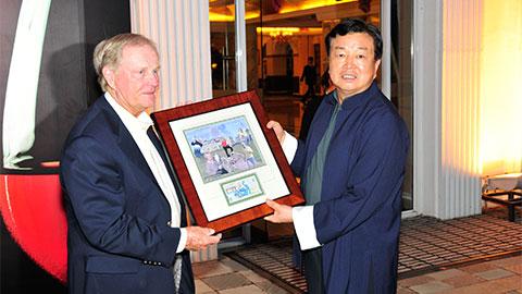 龙8国际pt客户端尼克劳斯高尔夫学院